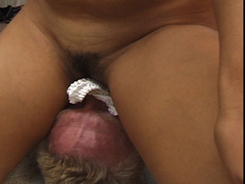 Golden showers and facesitting video